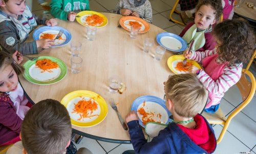 des repas variés et équilibrés